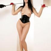Leonie Saint