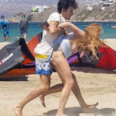 Lindsay Lohan tit-slip