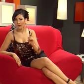 Sandra Ahrabian nackte-beine