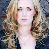 Abigail Hawk hot