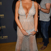 Abigail Ratchford cleavage