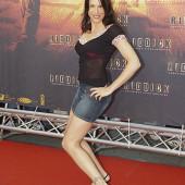 Alexandra Polzin koerper