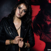 Alexandra Tyler hot