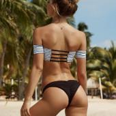 Alexis Ren butt