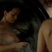 Alice Braga desnudo