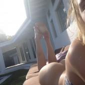 Allegra Carpenter nude