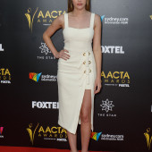 Alycia Debnam-Carey feet