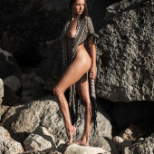 Alyssa Arce nackt