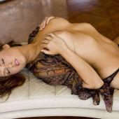 Amie Lou nude