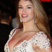 Amy Willerton cleavage