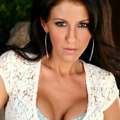 Angela McLin cleavage