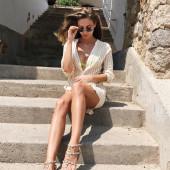Ann-Kathrin Broemmel feet