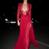 Anna Friel cleavage