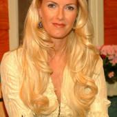 Anna Heesch sexy