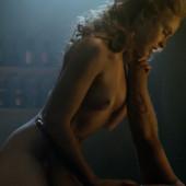 Anna Hutchison nude