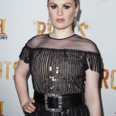 Anna Paquin oops