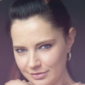 nackt Annissa-Yara Abbey Hoes