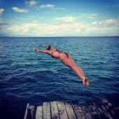 Anouk Hoogendijk bikini