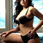 Ara Mina sexy