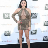Ariel Winter braless