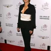 Ashley Williams sideboob