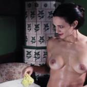 Asia Argento nudo