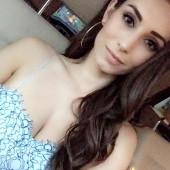 Astrid Loch sexy