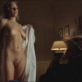 Nina Gnädig Nackt