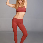 Bar Refaeli leggings