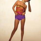 Bella Hadid nackt