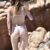 Bella Thorne body