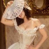 Bernadette Peters cleavage