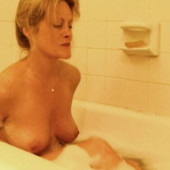 75 7 Kb  C2 B7 Beverly Dangelo Naked Scene