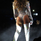 Beyonce Knowles body