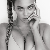 Beyonce Knowles boobs