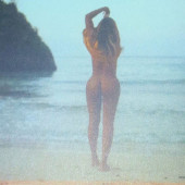 Beyonce Knowles nude photo