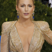 Blake Lively cleavage