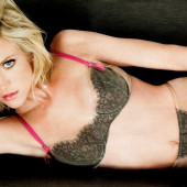 Brittany Snow sexy