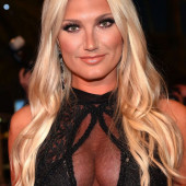 Brooke Hogan oops