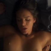 Bruna Marquezine sex scene