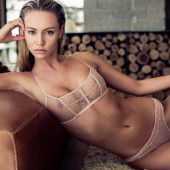 Bryana Holly naked