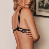Bryana Holly string tanga