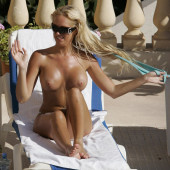 Aisleyne Horgan Wallace nackt Bilder