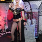 Carmen Electra halloween