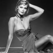 Carol Lynley braless