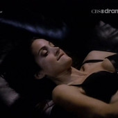 Carrie-Anne Moss young