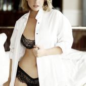 Carrie Keagan naked
