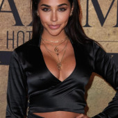 Chantel Jeffries braless