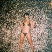 Charli XCX body