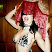 Charli XCX sexy
